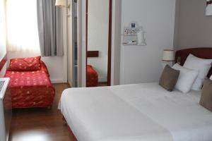 Comfort Hotel Cachan Paris Sud, Hotels  Cachan - big - 19