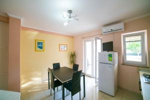 Apartments Bella, Apartmány  Novalja - big - 52