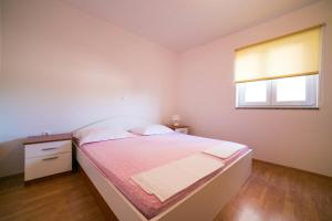 Apartments Bella, Apartmány  Novalja - big - 46