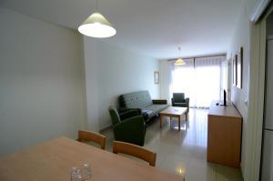 Apartamentos Mestral, Апартаменты  Ла-Эскала - big - 13
