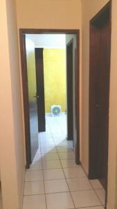 Apartamento Gimenes - Itapuã, Apartmanok  Mongaguá - big - 8