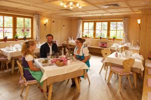 Familien & Wohlfühlhotel Johanneshof, Hotely  Saalbach Hinterglemm - big - 52