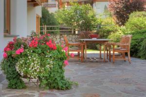 Residence Ciasa Giardun - Apartment - La Villa