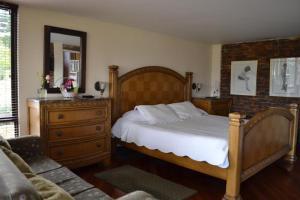 Miravalle Suites, Inns  Paipa - big - 82