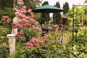 The Sleigh Maker Inn Bed and Breakfast, Panziók  Westborough - big - 38
