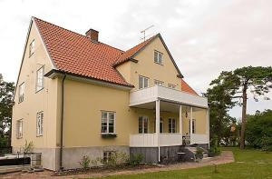 Our House, Bed & Breakfasts  Ystad - big - 1