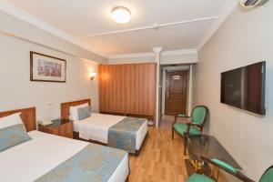 Beyaz Kugu Hotel, Отели  Стамбул - big - 60