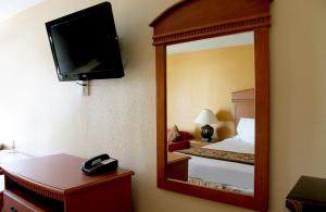 Americas Best Value Inn San Antonio - AT&T Center/Fort Sam Houston, Motely  San Antonio - big - 5