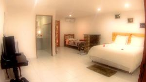 King Suite with Sea View 2