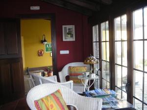 Apartamentos Rurales Casa Pachona, Apartmanok  Puerto de Vega - big - 94