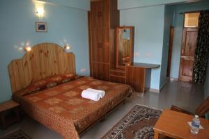 Malis Apple Lodge, Bed and breakfasts  Nagar - big - 25