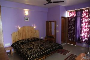 Malis Apple Lodge, Bed and breakfasts  Nagar - big - 18