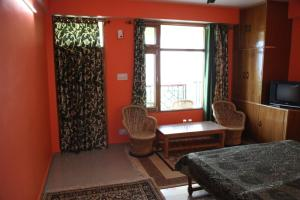 Malis Apple Lodge, Bed and breakfasts  Nagar - big - 16
