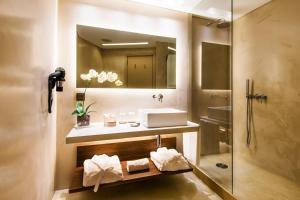 Hotel Dom Henrique - Downtown, Отели  Порту - big - 3