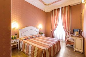 Hotel La Lumiere Di Piazza Di Spagna, Szállodák  Róma - big - 15