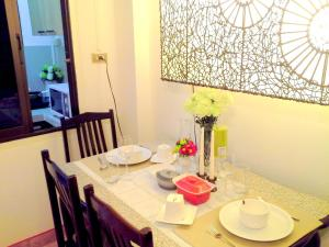 Patong Condotel, Апартаменты  Патонг-Бич - big - 5