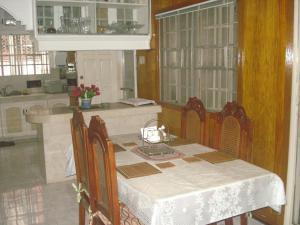Geordie's Hostel and Cafe, Penziony  Manila - big - 21