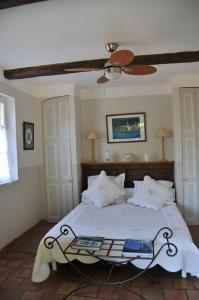 Bastide de l'Avelan, Отели типа «постель и завтрак»  Гримо - big - 10