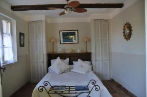 Bastide de l'Avelan, Отели типа «постель и завтрак»  Гримо - big - 24