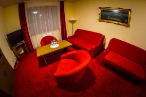 Hotel Folwark - Warsaw