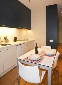 One-Bedroom Suite - 4B