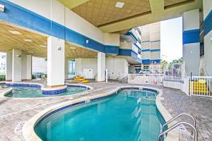 Carolinian Beach Resort, Hotely  Myrtle Beach - big - 83