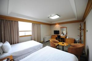 Hotel Savoy, Hotel  Changwon - big - 7