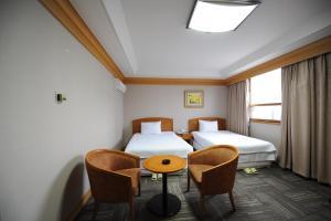 Hotel Savoy, Hotel  Changwon - big - 5