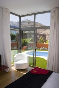 Hoteles con piscina privada en gran canaria anfi opal for Vacaciones en villas con piscina