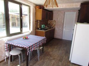 Guest House sweet home, Penzióny  Gori - big - 8