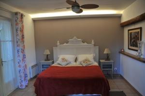 Bastide de l'Avelan, Отели типа «постель и завтрак»  Гримо - big - 12