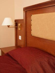 Double or Twin Room for Single Occupancy