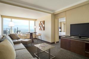 Suite 1 Chambre Lit King-Size - Vue sur Ligne d'Horizon