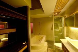 Paragon Inn, Отели  Лат-Крабанг - big - 15