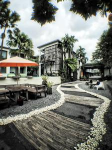 Paragon Inn, Отели  Лат-Крабанг - big - 63