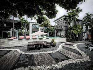Paragon Inn, Отели  Лат-Крабанг - big - 59