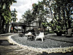 Paragon Inn, Отели  Лат-Крабанг - big - 75
