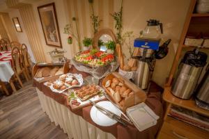 Ośrodek Hotelarski Fian, Гостевые дома  Закопане - big - 64