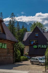 Ośrodek Hotelarski Fian, Penzióny  Zakopané - big - 61