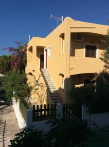 Eriketi Studios, Apartments  Agia Marina Aegina - big - 22