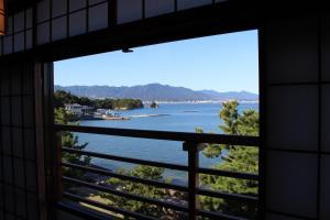 Miyajima Seaside Hotel, Рёканы  Миядзима - big - 11