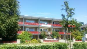 Familien- und Apparthotel Strandhof, Hotely  Tossens - big - 30