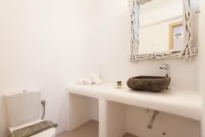 Mykonos Panormos Villas & Suites, Vily  Panormos Mykonos - big - 121