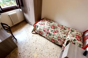 Casa per Ferie Regina Santo Rosario, Bed and Breakfasts  Florencie - big - 16