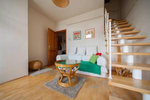 Lovely Duplex Flat, Apartmanok  Budapest - big - 29