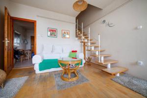 Lovely Duplex Flat, Apartmanok  Budapest - big - 35