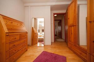 Lovely Duplex Flat, Apartmanok  Budapest - big - 36