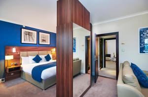 Apartmá se 2 ložnicemi, výhledem na řeku a balkonem