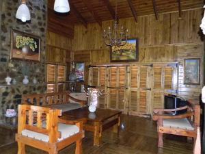Jardines del Montaña, Holiday homes  Jarabacoa - big - 3