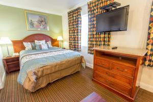 One-Bedroom Queen Suite - Smoking